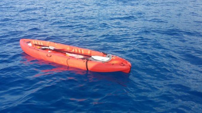 Kayak vide après dessalage